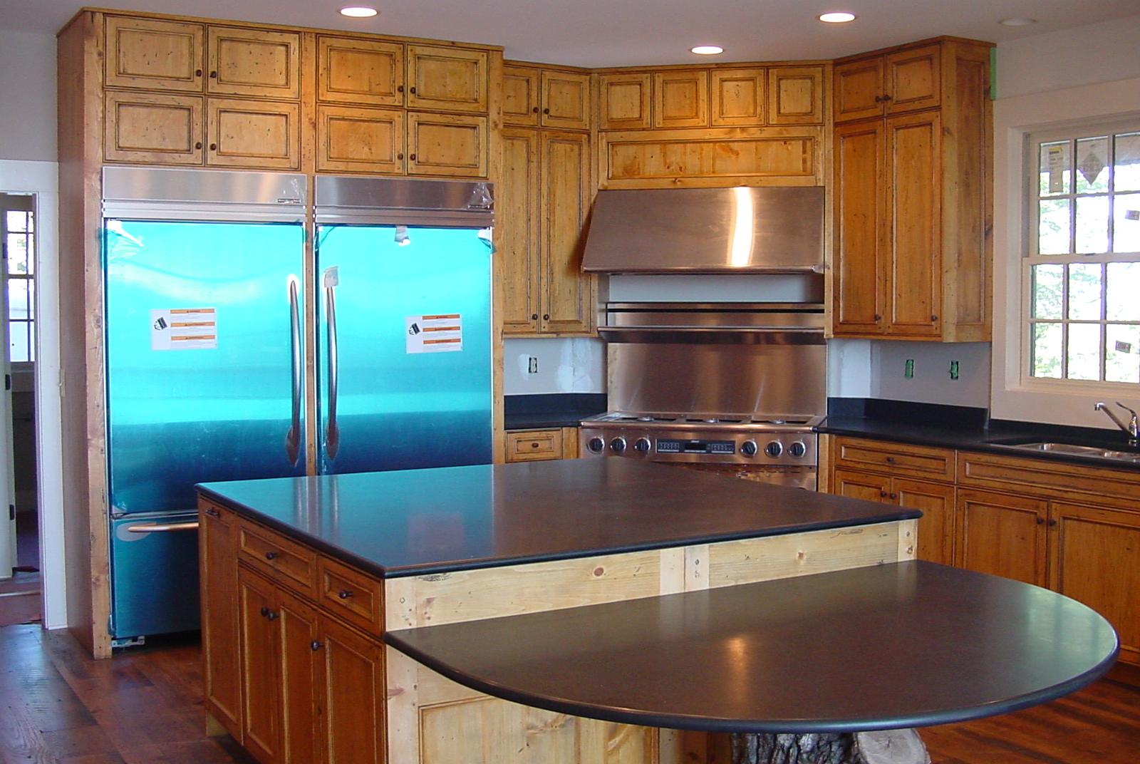 Kitchen Cabinets - A Ward Design